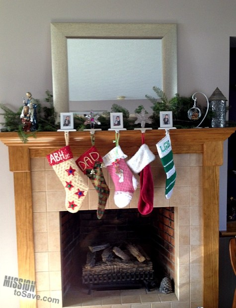 christmas-tree-clipping-on-mantle
