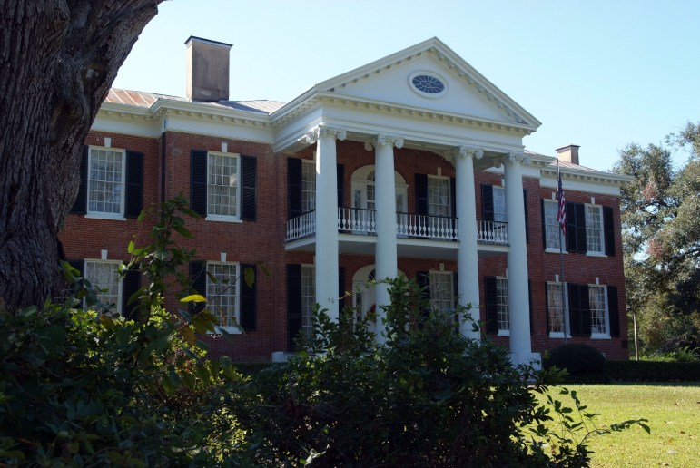 Auburn, built in 1812, was the first building in the Mississippi Territory to have a front porch with classical two-story columns.