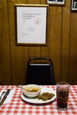 Does-Eat-Place-12-web