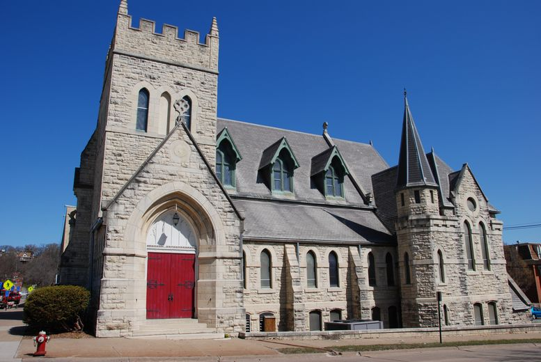 St. John's Episcopal Church, Dubuque, IA