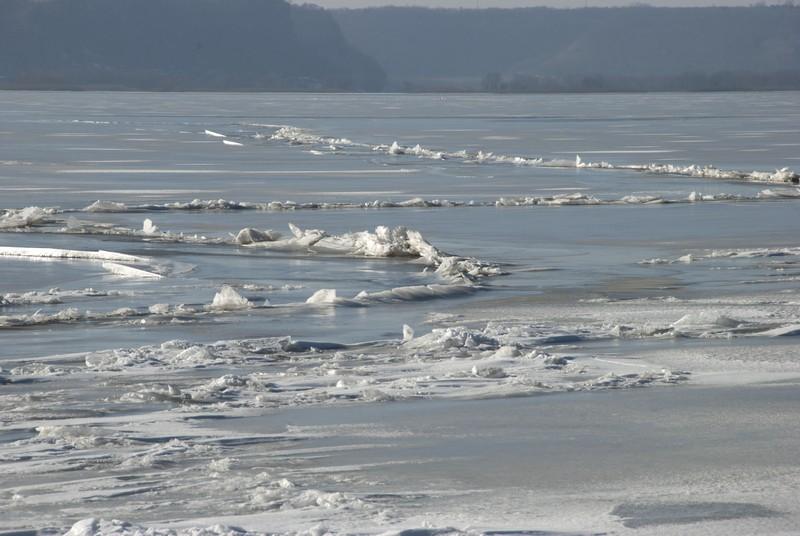 tn_Ferryville WI ice04