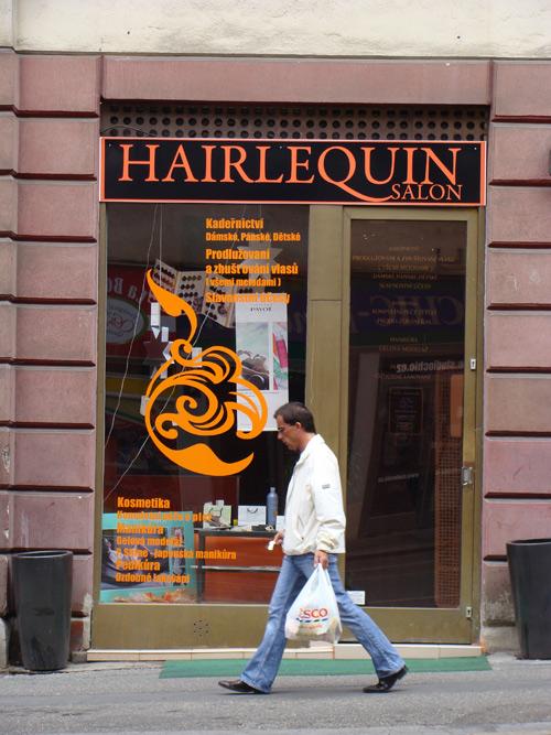 Toujours à Prague... Le salon de coiffure le pus «romantique» sur terre!