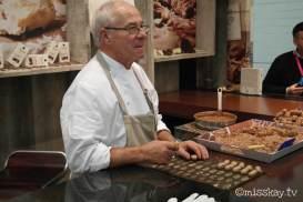Der Hersteller Duc D'o ließ sich bei der Präsentation seines Standes nicht lumpen und engagierte einen Chocolatier, der vor den Augen der Besucher Pralinen frisch zubereitete. Tolle Show!