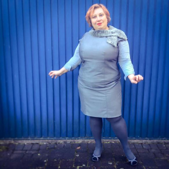 MissKittenheel vintage plussize business rathaus politics grey 03