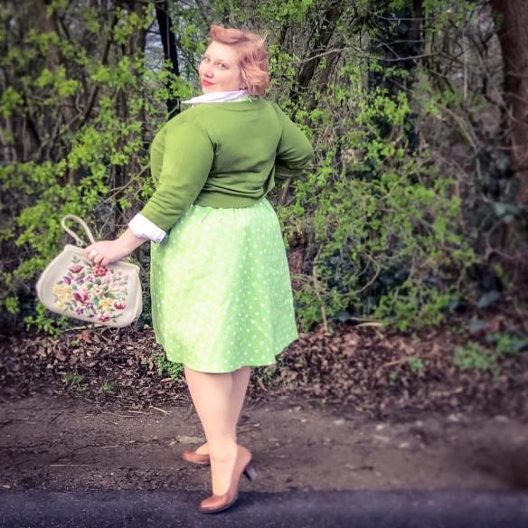misskittenheel-vintage-curvy-plussize-easter-parade-lindybop 04
