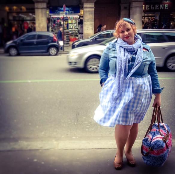 misskittenheel vintage curvy plussize bethditto collection-paris-diyyourcloset cropped denim jacket 02