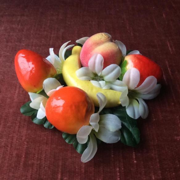 misskittenheel vintage plussize pinup modejahr2016 sommerfarben fascinator fruit 01