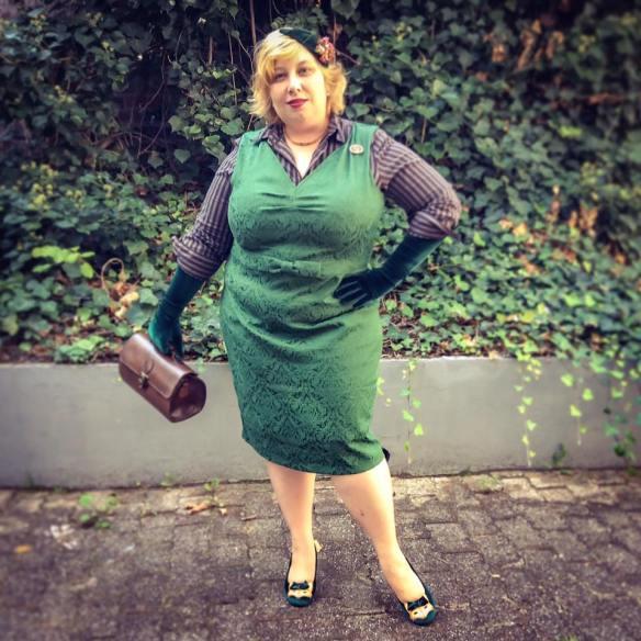 misskittenheel-vintage-plussize-lindybop-jekyll-green-jaquard-tuk-fox-heels-07