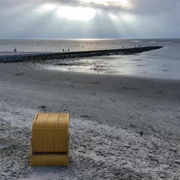 misskittenheel-vintage-plussize-borkum-promenade-strandkorb-strand-01