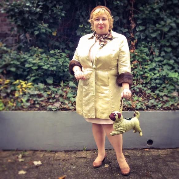 misskittenheel-vintage-plussize-lanebryant-gold-brocade-coat-50s-fur-cuffs-02