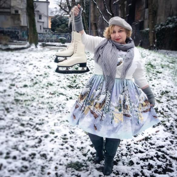 misskittenheel-vintage-plussize-pinup-berniedexter-winterwonderland-dress-snow-christmas-noveltyprint-02