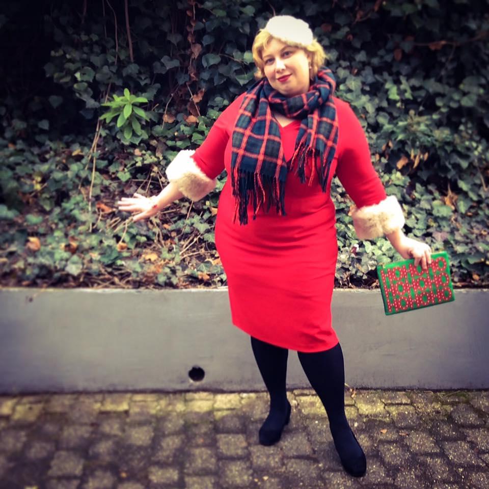 HoHoHo – Madame Santa and Lucky Winner | Miss Kittenheel