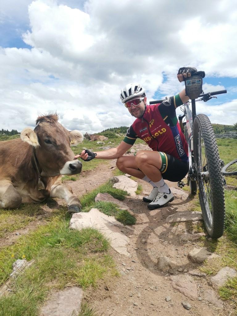 Radfahrt mit Besuch einer Kuh