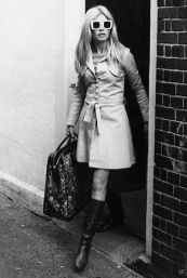 The trench coat worn by Brigitte Bardot