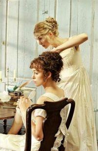 Keira Knightley as Elizabeth Bennet and Rosamund Pike as Jane Bennet