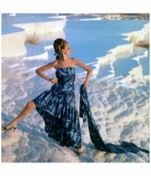 antonia-near-the-chalk-water-basins-of-pamukkale-turkey-wearing-a-strapless-print-gown-with-flounced-hem-by-jobere-vogue-dec-1966-photo-henry-clarke