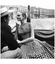 susan-abraham-vogue-july-1956-photo-henry-clarke