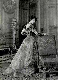 1957-jean-patou-gown