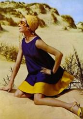 dans-les-dunes-de-la-couleur-dress-jean-patou-sandals-charles-jourdan-1967