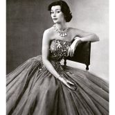 gown-by-jean-patou-lofficiel-april-1952
