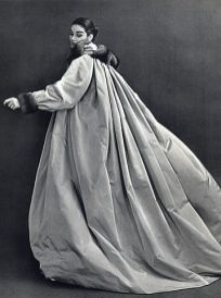 jean-patou-1955-evening-coat-petillault-philippe-pottier