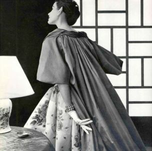 myrtle-crawford-in-jean-patou-photo-by-philippe-pottier-1954