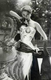 bettina-graziani-in-a-maggy-rouff-dress-1952