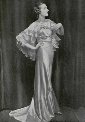 evening-gown-in-pink-satin-by-maggy-rouff-1935