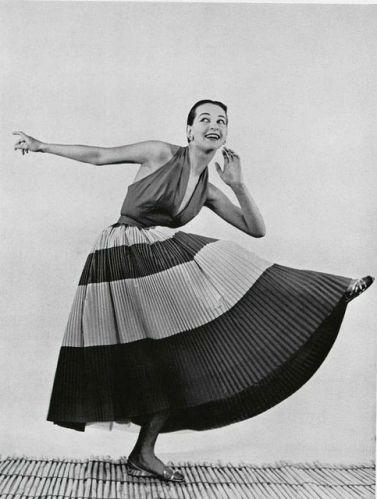 lofficiel-de-la-mode-1953-seguedille-maggy-rouff