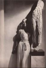 maggy-rouff-evening-dress-photographed-by-george-hoyningen-huene-for-harpers-bazaar-1939