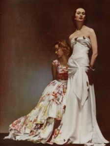 marcel-rochas-and-maggy-rouff-dresses-photographed-by-arik-nepo-1946