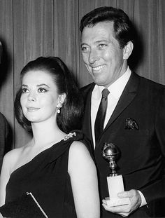 natalie-wood-and-andy-williams-at-the-golden-globes-1966