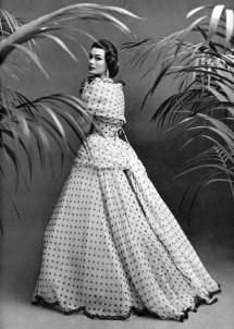 Anne Gunning wearing Pierre Balmain 1952