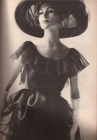 Harper's Bazaar 1962, photo by Melvin Sokolsky