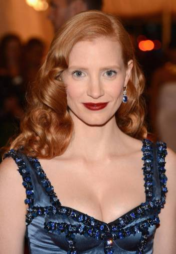 lookpurdy-e28093-jessica-chastain-in-louis-vuitton-e28093-2012-met-gala-3