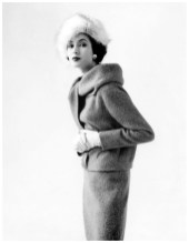 beautiful-gitta-schilling-in-suit-by-uli-richter-and-fox-hat-by-schrank-photo-by-rico-puhlmann-french-vogue-august-1958