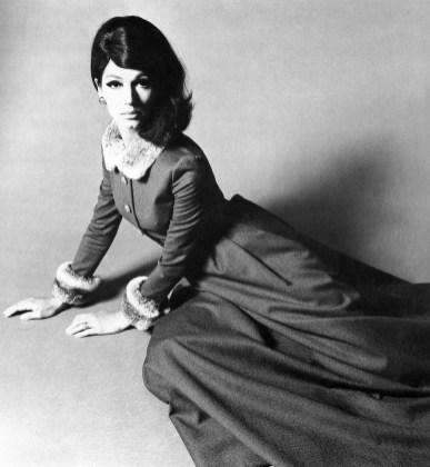 Simone d'Aillencourt in flannel evening gown trimmed in chinchilla by Uli Richter, photo by F.C. Gundlach, 1965