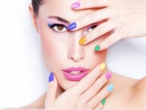 nails with nail polish strips