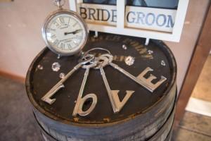 Love keys decor for a wedding