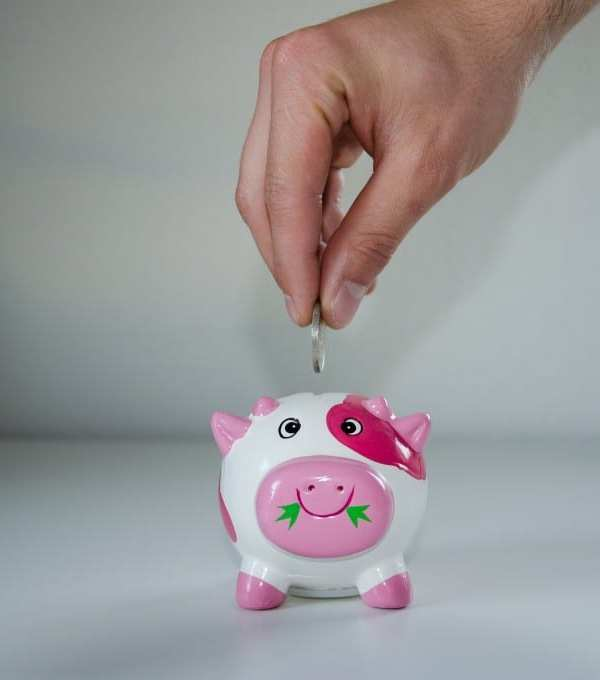 Hacks for Saving Money During The Holidays