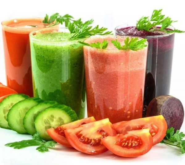 How Vegetable Juicing Helps Grow Healthy Hair