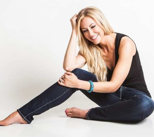 Living Real Life #LikeaGirl: An Interview with Stephanie Hollman