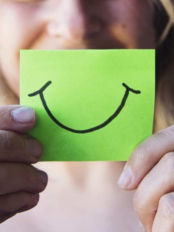 5 Lifestyle Changes That Will Brighten Your Smile