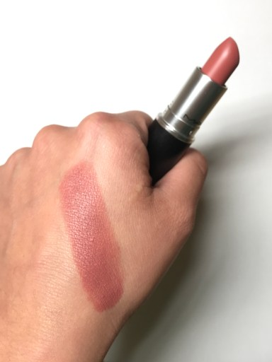 MAC Velvet Teddy Swatch