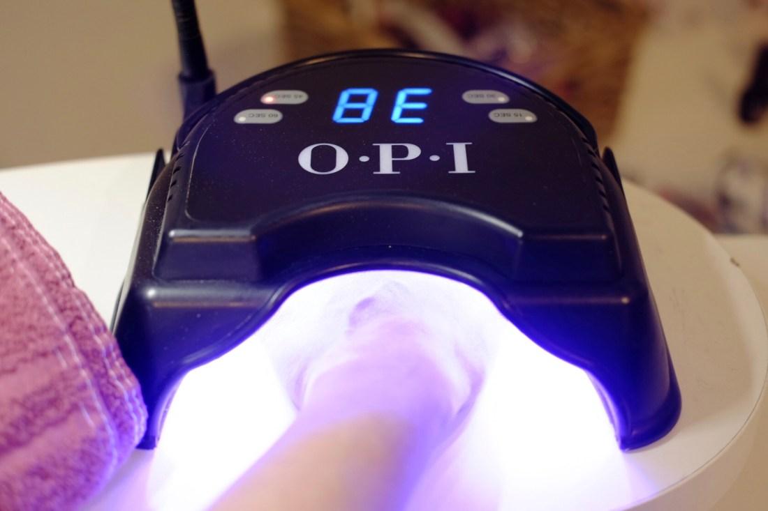 Perfect Hair OPI Gel Color - UV Lampe