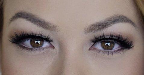 Huda Beauty 14 Noelle Lashes 3