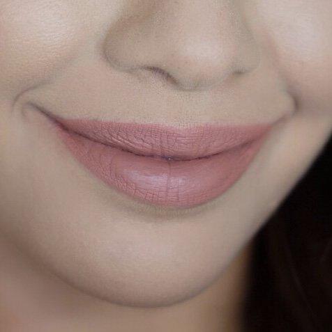 Huda Beauty Bombshell 6 Lips 2