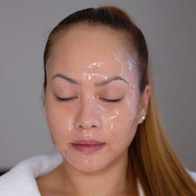 Neutrogena Hydrogel Masken - auf dem Gesicht