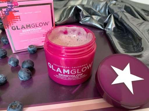 GlamGlow Berryglow Review Titelbild