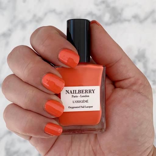 Nailberry Decadence Coral Nails Korallfarbene Nägel .jpg